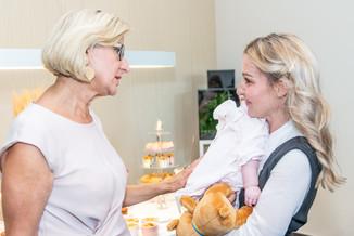 Bild 43 | LH Mikl-Leitner überzeugt sich vom Erfolg des Waldviertler Bäckereibetriebes